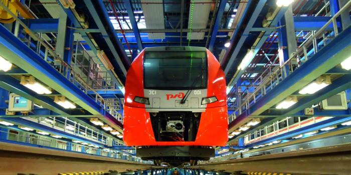 """为进行""""Deziro""""(阿德列尔)电气列车技术维护,在北高加索铁路上建设车库"""
