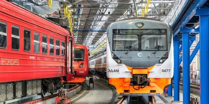 """Puesto de equipamiento en el depósito de locomotoras """"Ilicha"""""""