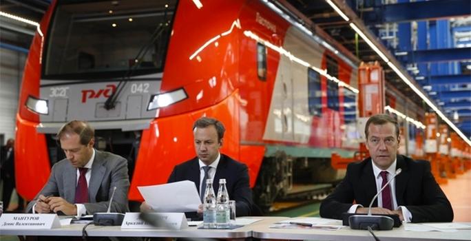 Дмитрий Медведев провёл совещание на площадке депо «Подмосковная»